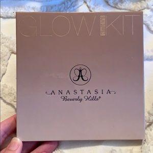 Anastasia Sun Dipped Glow kit